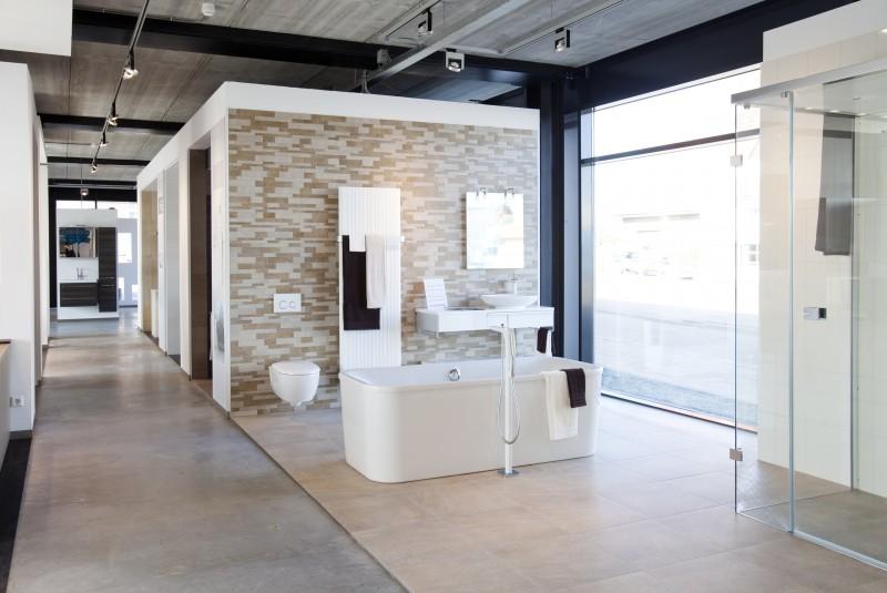Badkamer Showroom Woerden : Nieuwe koers baderie zichtbaar in woerden installatie
