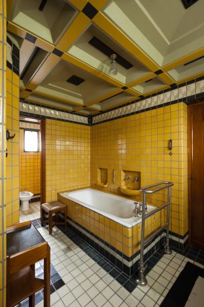 Historie nederlandse badkamer beschreven for Installatie badkamer