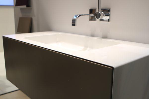 Badkamer strakker n kleur for Installatie badkamer