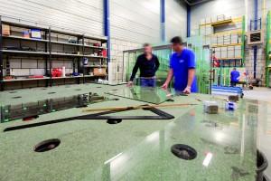 Samen met glashandel RM Glas is De Vries een nieuwe zaak begonnen.