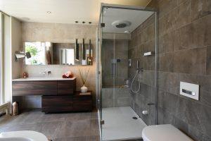 Een warme douche - Installatie.nl